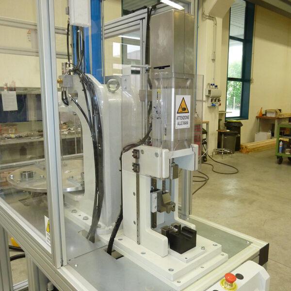assiemaggio riduttori meccatronica